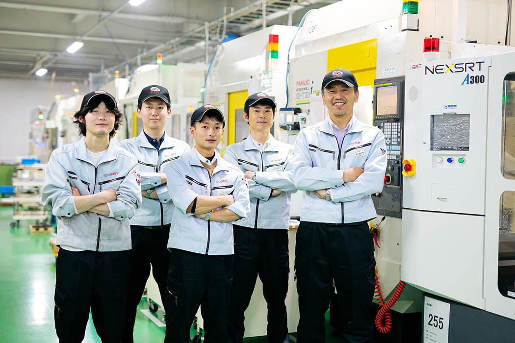 ロボットで今よりももっと働きやすい環境を。 飯田から世界へ、未来の働き方を変える「NEXSRT」